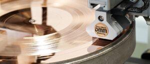 lunatic header produkt vinyl dmm lack mastering